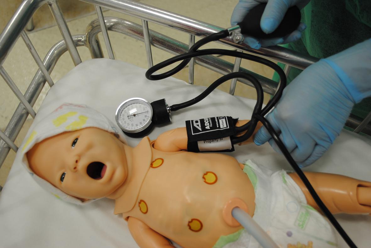 Neonato pressionetif copia
